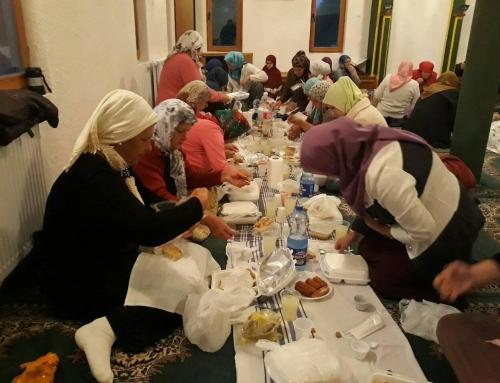 Zajednički iftar u džematu Seona